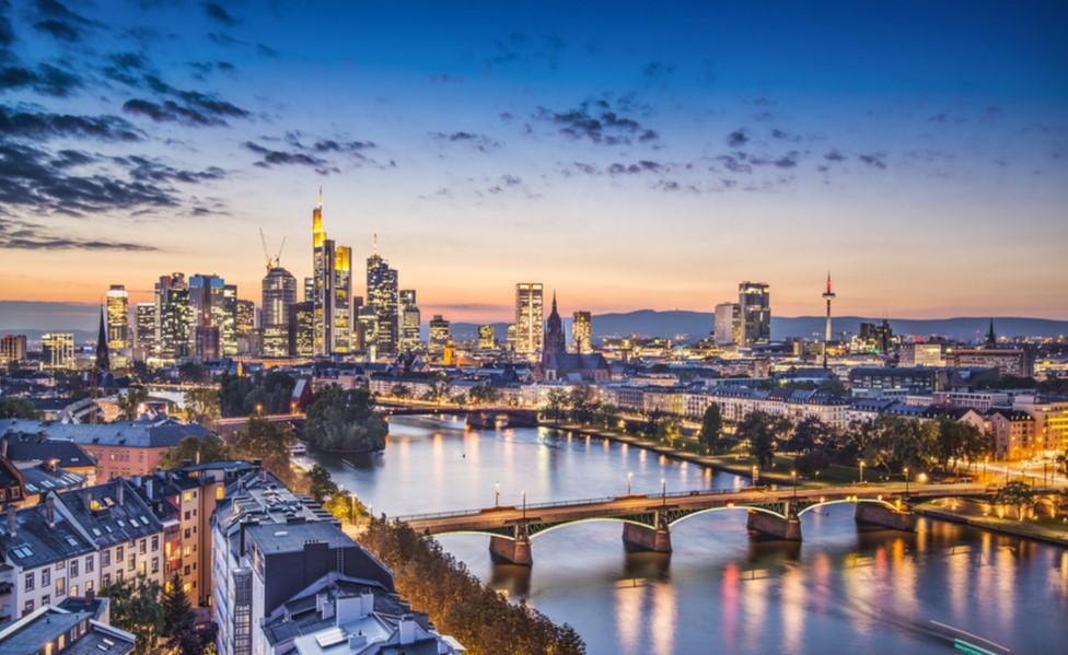 Global bond market review: Seeking safe havens